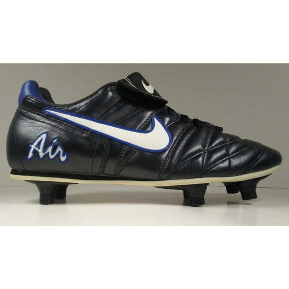 new products 2f038 7839f vintage nike air brasilia fg soccer